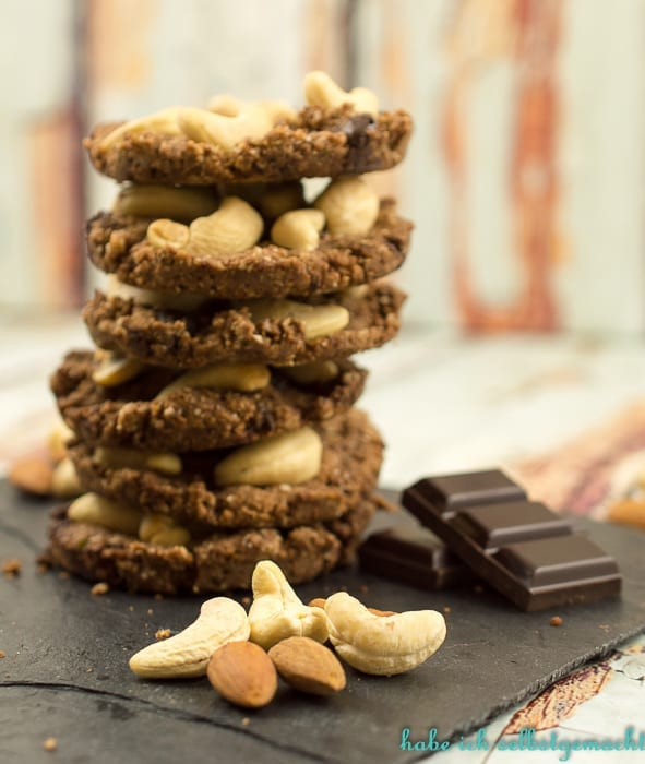 low carb schoko nuss cookies habe ich selbstgemacht. Black Bedroom Furniture Sets. Home Design Ideas