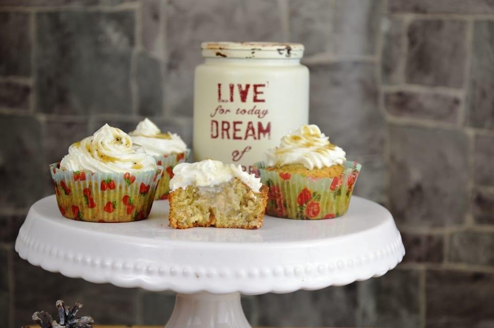 Cupcakes mit Apfel Walnuss und Karamell