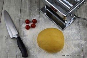Nudeln selber machen - Teig und Nudelmaschine