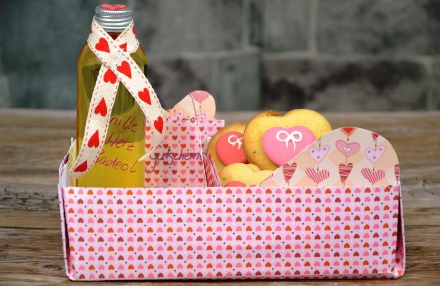 Herzplätzchen mit Nuss-Nougat-Füllung – nicht nur zum Valentinstag