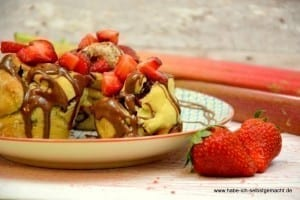 Frühstücksglück Rhabarber Erdbeer Nuss Nougat Brioche