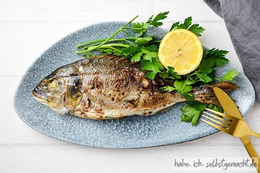 Frisch gegrillter Fisch