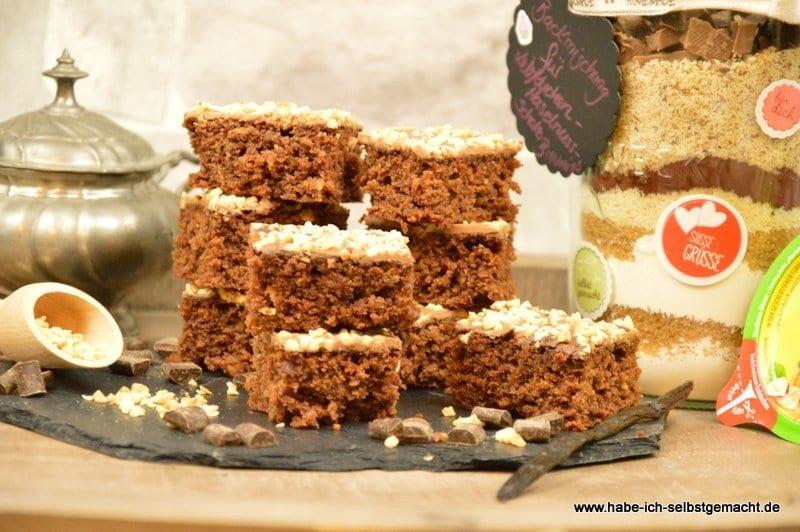 Haselnuss Schokoladen Schnitten als Backmischung