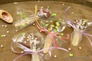 Oreos mit Schokolade am Stiel