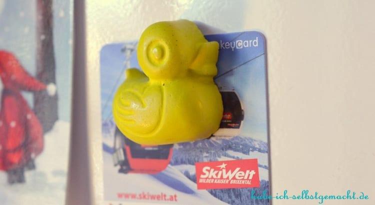 DIY Enten aus Beton als magnetische Pins - Gelbe Ente