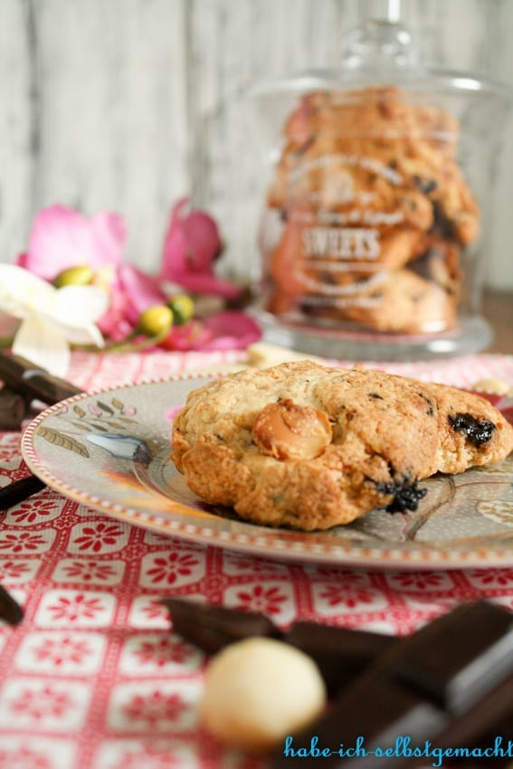 Double Chocolate Cookies mit Macadamianüssen