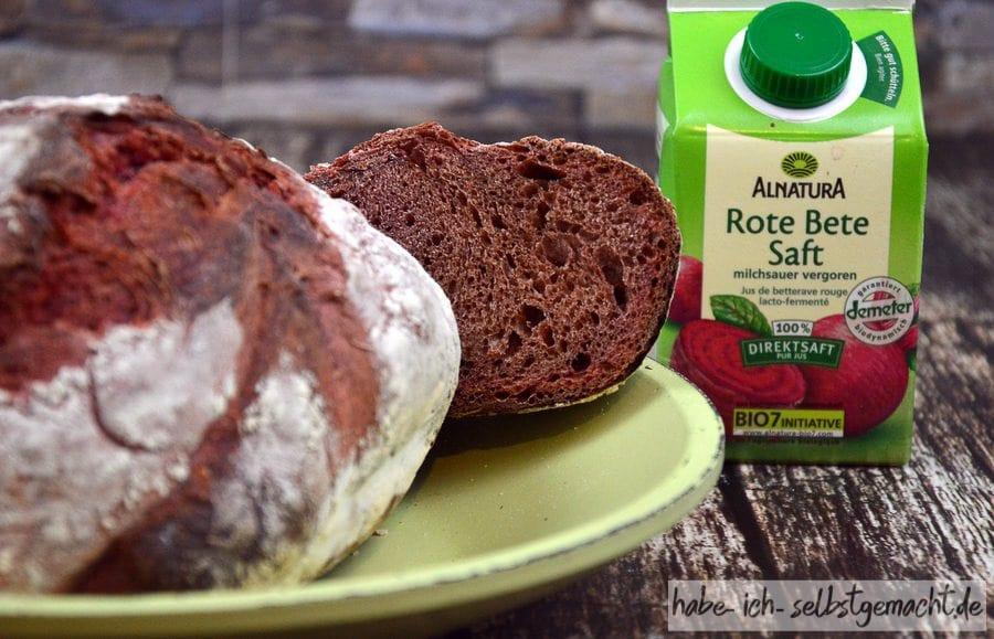 Weizen-Rote-Beete-Brot