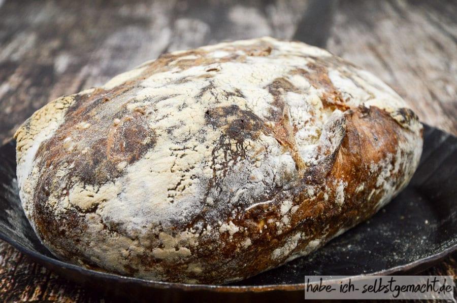 Brot selber backen - das fertige Kartoffel Bier Brot