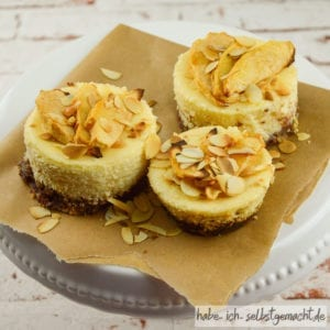 Apfel-Amaretto-Cheesecake
