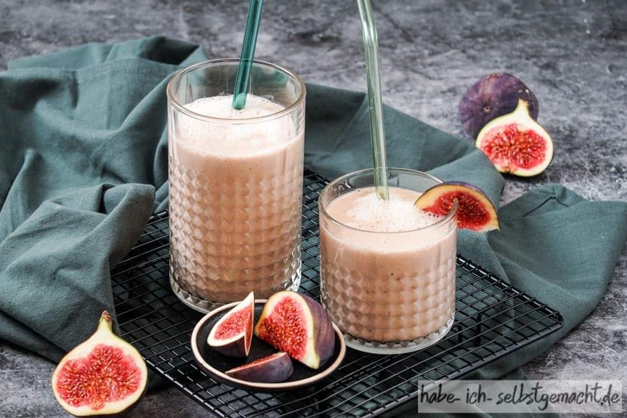 Mandelmilch mit Feigen