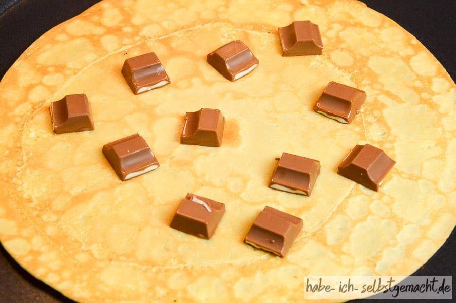 Süßer Selbstgemachtes Crepe mit Kinderschokolade