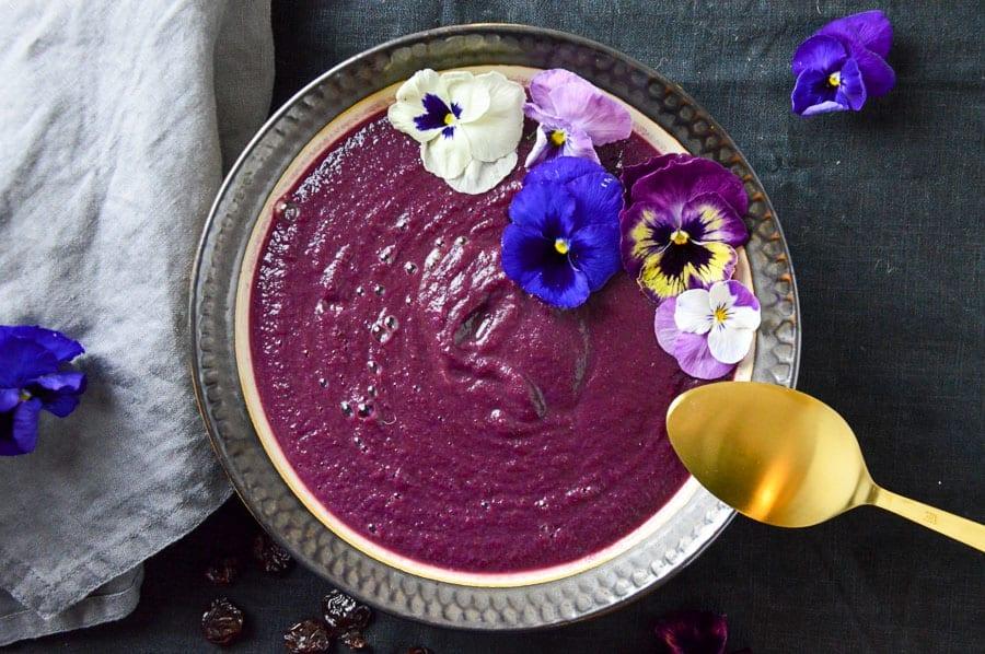 Fruchtige Rotkohlsuppe