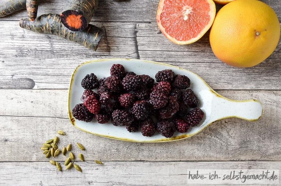 Brombeer-Grapefruit-Karotte-Kardamon Saft Rezept 1
