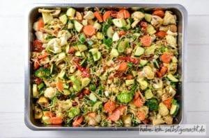 Backofengemüse mit Karotten, Pilzen, Zucchini und Brokkoli