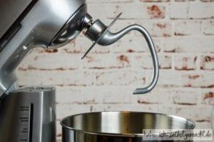 Test Küchenmaschine The Bakery Boss von Sage - Der Teigknethaken