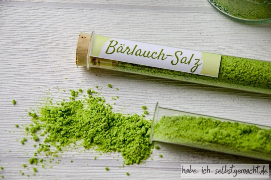 Bärlauch Salz im Reagenzglas
