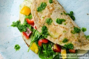 Dinkelpfannkuchen mit Bohnen und Gemüse