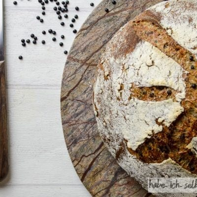 Brot #41 – Schwarzes Belugalinsen Brot