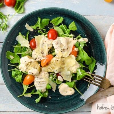 Selbstgemachte Gnocchi mit Parmaschinken und Gorgonzolasauce