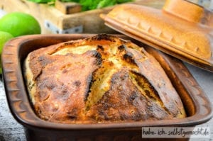 Limette Minze Brot im Steinguttopf