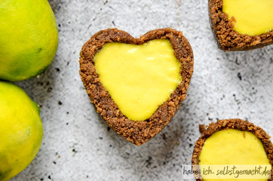 No Bake Mini Tartelettes mit Lemon Curd