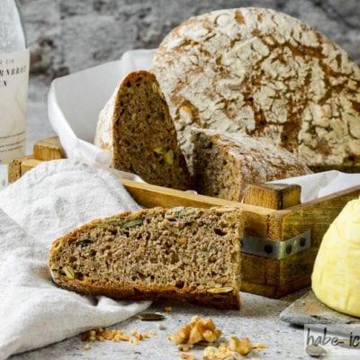 Brot #61 – Dinkel Nuss Vollkornbrot als Backmischung im Glas