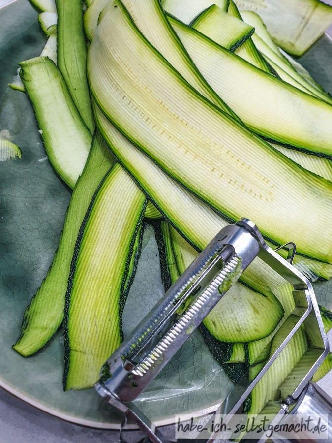 Zucchini Streifen