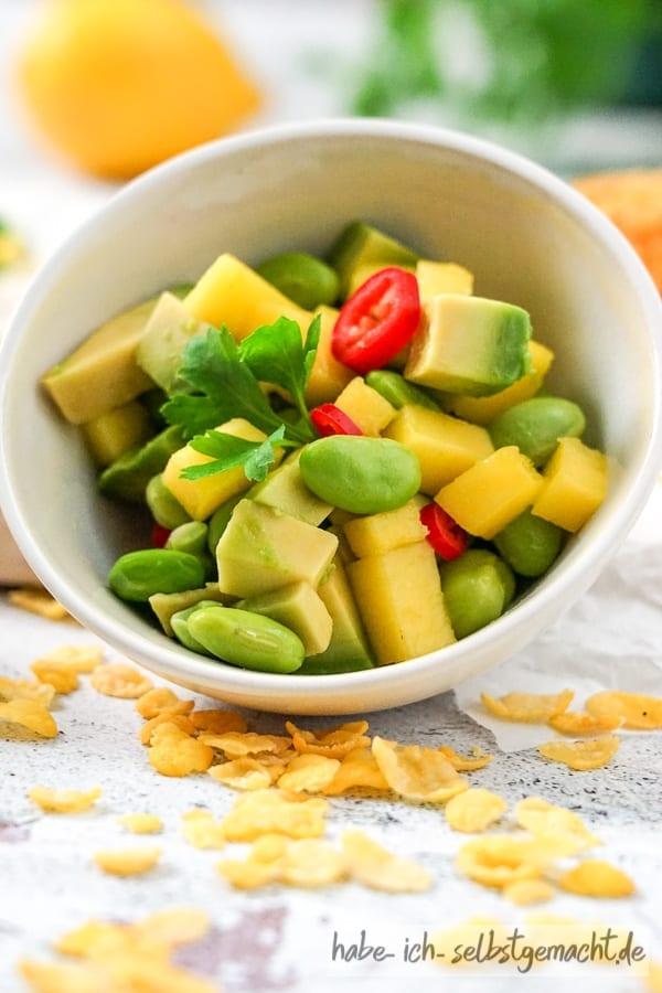Mango Avokado Salat mit Edamame