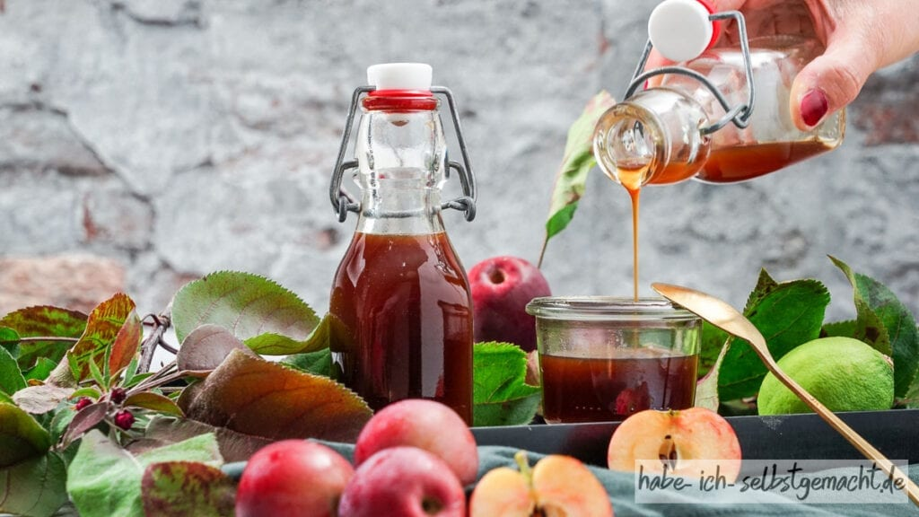 Gesunder Apfelsirup mit Limette
