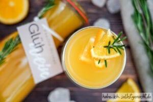 Weißer Vanille Orangen Glühwein