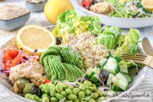 Gesunde Quinoa Kichererbsen Bowl