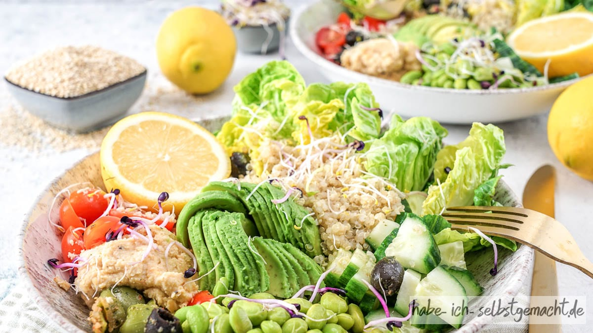 Gesunde Quinoa Bowl