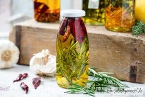 Gewürzöl Kräuteröl - Aglio Olio e Peperoncino