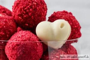 Herz Pralinen zum Muttertag oder Valentinstag