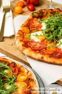 Selbstgemachte Sauerteig Pizza