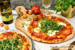 Sauerteig Pizza mit Riesling von Mumm & Co.