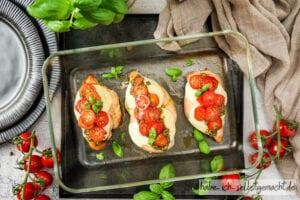 Überbackene Putenbrust Filets Caprese mit Tomate Mozarella