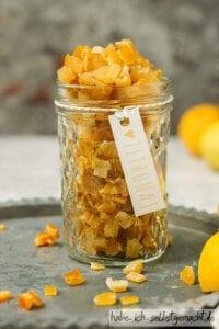 Zitronat mit Etikett