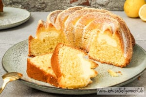 Zitronenkuchen mit Käsekuchenfüllung