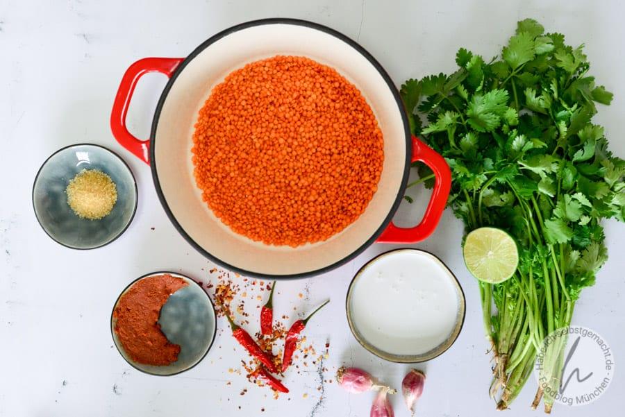 Bowl mit Linsen, Kokos und Putenbrust