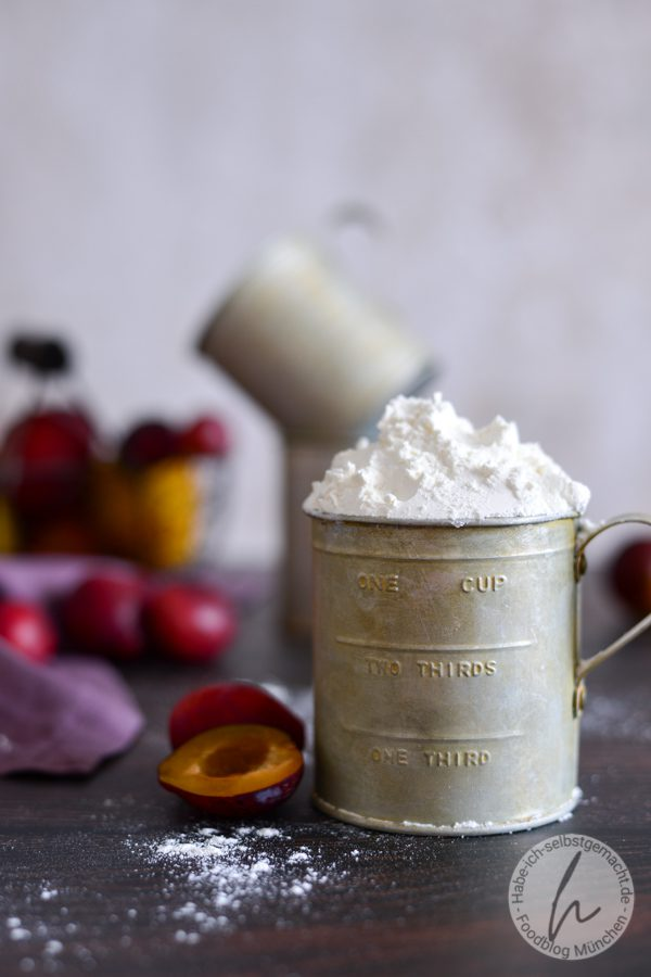 Zwetschgenmuffins mit Joghurt