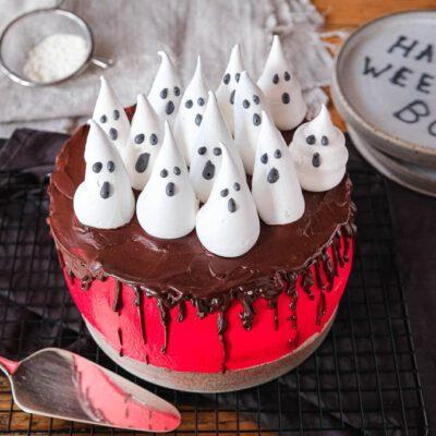 Halloween Torte (Red Velvet Cake)